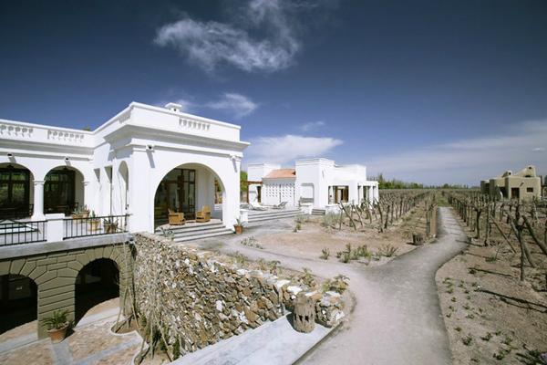 Cavas-Wine-Lodge