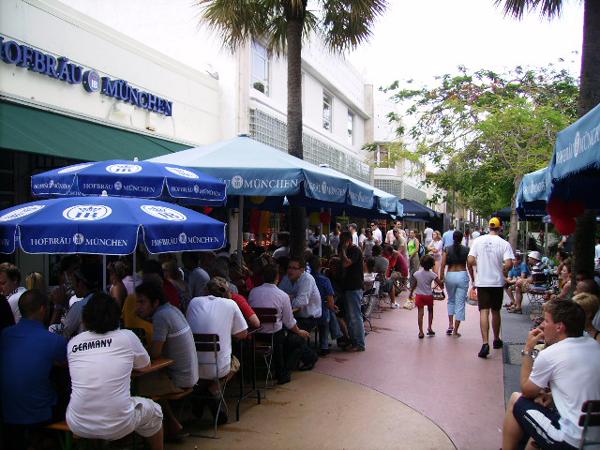 Hofbrau-Beer-Hall-Miami