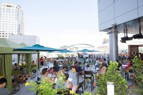 Lustre-Rooftop-Garden