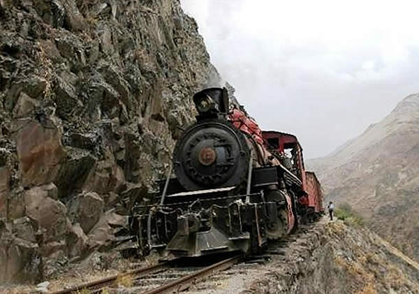 devils-nose-train