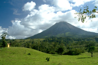 Arenal_volcano