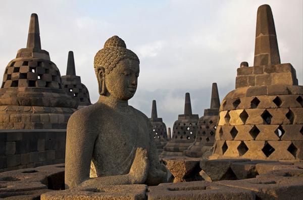Borobudur-Temple-Compounds