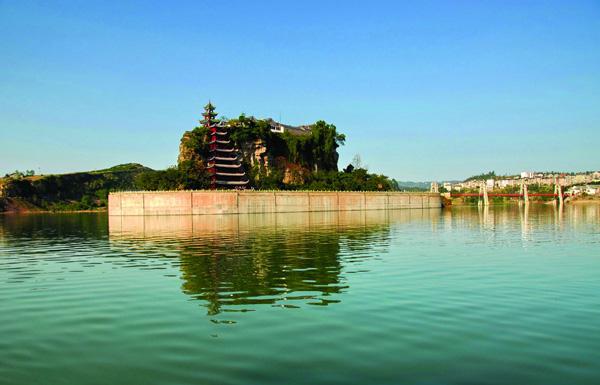 shibaozhai-on-yangtze-river