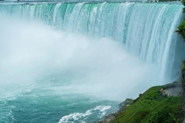 IMAX-movie-about-Niagara-Falls
